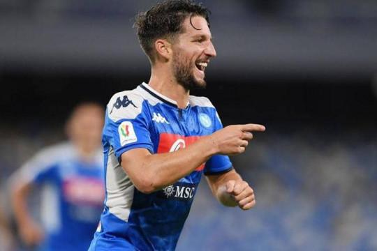 نابولي إلى نهائي كأس إيطاليا.. وميرتنز يدخل التاريخ