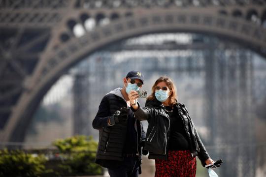 فرنسا تعود إلى الحياة الطبيعية بالتدريج
