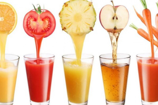 تعرف على الطرق الصحية لشرب العصائر خلال شهر رمضان - فيديو