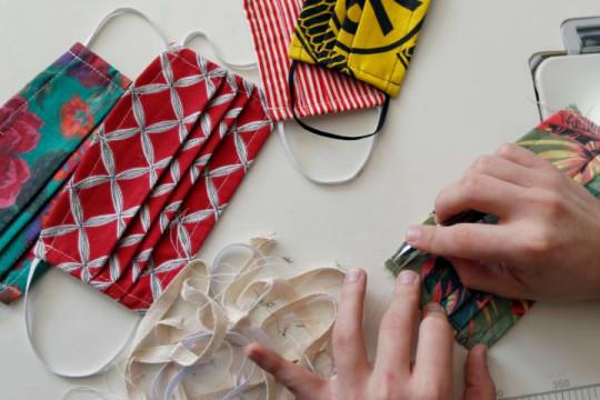 هل أصبحت الكمامة موضة في عالم أزياء النساء؟