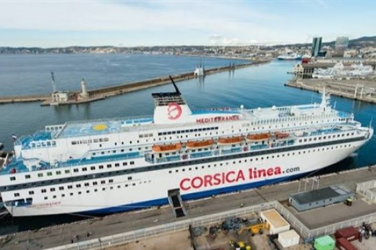 استئناف رحلات بواخر الركاب بين مينائي الجزائر ومرسيليا
