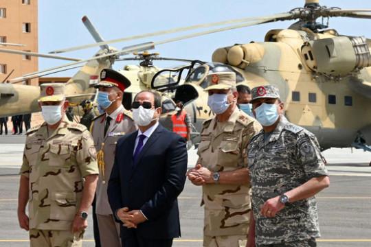 السيسي: سرت وقاعدة الجفرا الليبية خط أحمر مصري