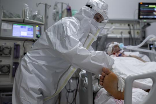 دواء لكورونا يخفض عدد الوفيات إلى الثلث