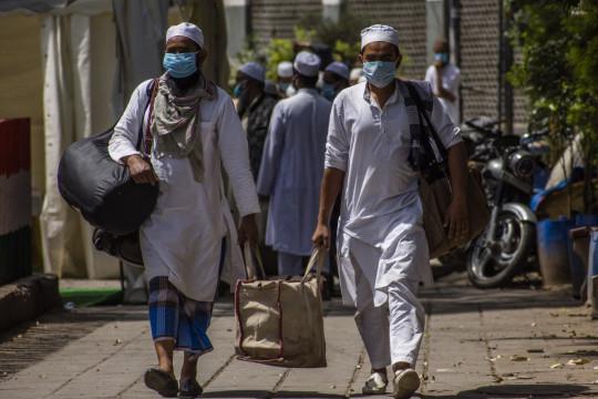نيودلهي: توقعات أن يصل عدد المصابين بفيروس كورونا إلى نصف مليون قبل نهاية الشهر المقبل
