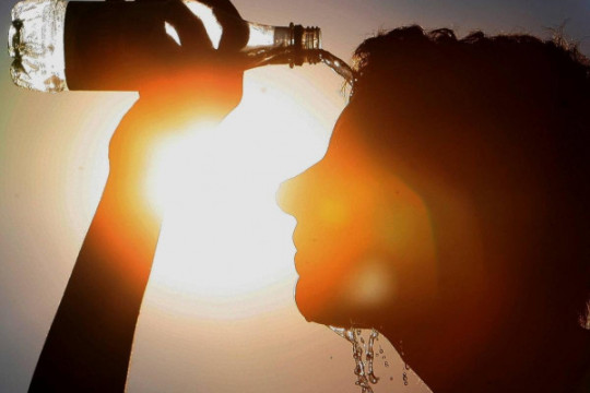 أجواء جافة وحارة تشهدها المملكة حتى الإثنين وتحذير من أشعة الشمس