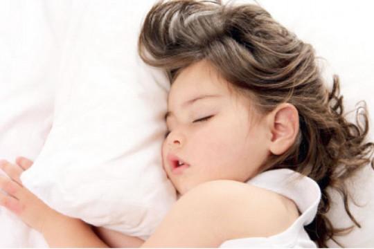 كيف نُنظم نوم أطفالُنا ونومُنا بعد إنتهاء رمضان؟