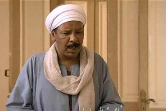 وفاة الفنان المصري علي عبد الرحيم  بجلطة دماغية سببها فتاة شتمته بموقع التصوير