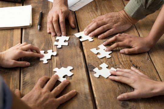 ما هي متطلبات الموظف ليشعر بالانتماء في العمل؟ - فيديو