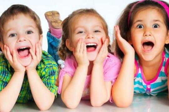 تربية الطفل على الدلال تعرضه للضغوطات النفسية