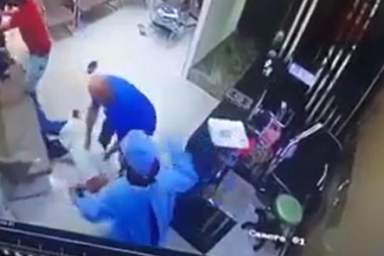 الأمن: القبض على أشخاص اعتدوا على طبيب داخل عيادته بعمان ..فيديو