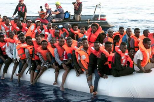 ارتفاع ملحوظ في أعداد المهاجرين إلى أوروبا الشهر الماضي