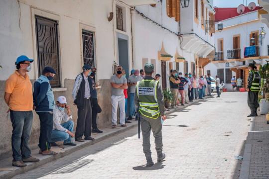 الدار البيضاء تستعيد حيويتها تدريجيا بعد أسابيع من الحجر الصحي