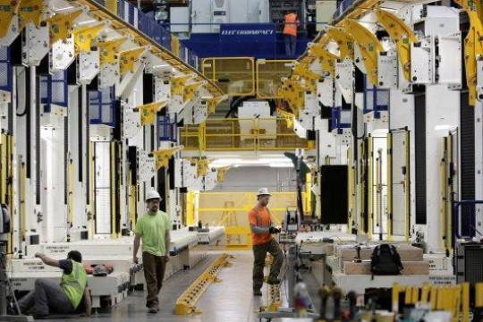 عضو غرفة صناعة عمان: 25 بالمئة نسبة التراجع في المبيعات - فيديو