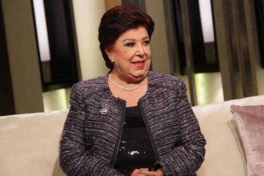 إصابة الفنانة رجاء الجداوي بفيروس كورونا ونقلها لمستشفى العزل
