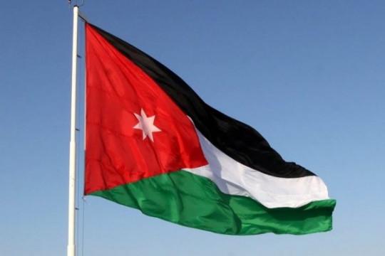 الأردنيون يحتفلون بعيد استقلال المملكة الرابع والسبعين