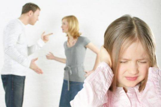 كيف تؤثر الظروف العائلية على الأطفال؟ - فيديو