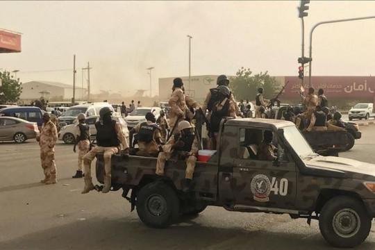 السودان يمدد حظر التجول أسبوعين
