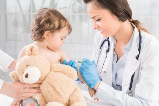 .ما أهمية تطعيم حديثي الولادة؟